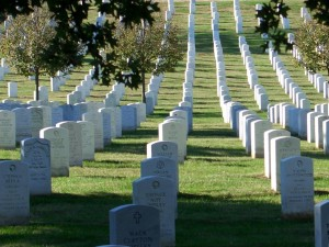 arlington_cemetery_headstones_rows_big